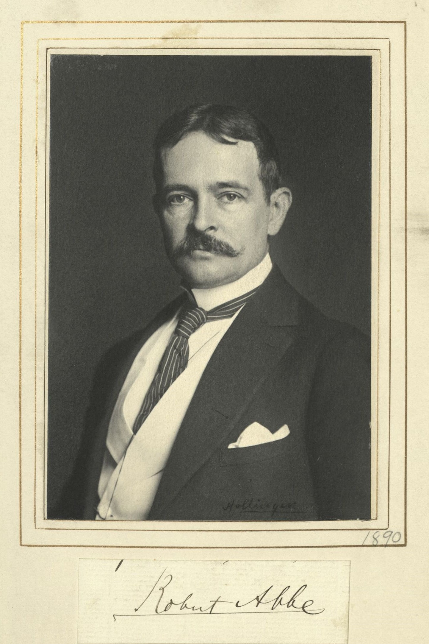 Member portrait of Robert Abbe